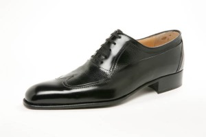 Artioli Black Wing Tip